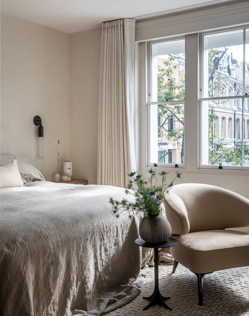 Master_Bedroom_Kensington_London_W8_23-1